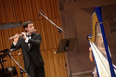 Duo harfa – flétna
